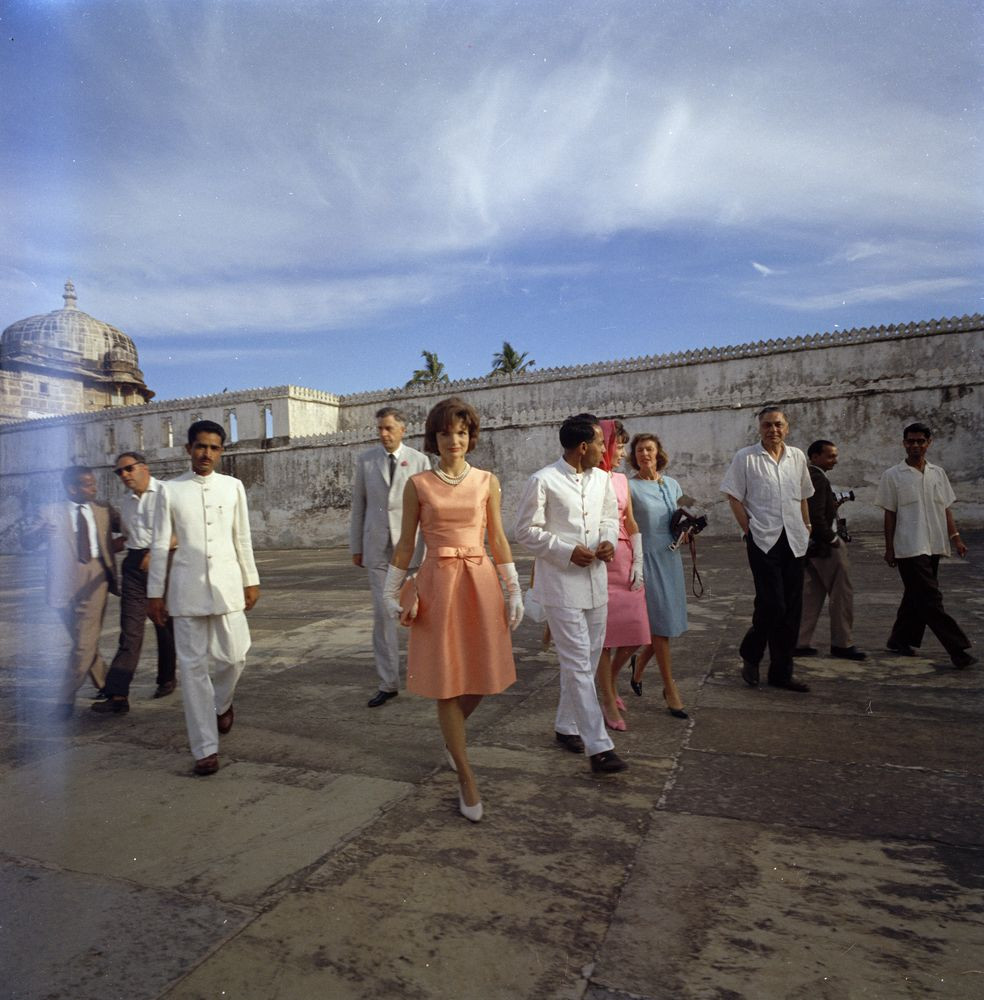 "First Lady Jacqueline Kennedy tours the island palace of Jag Mandir (also called the ""Lake Garden Palace"") on Lake Pichola, during her visit to Udaipur, Rajasthan, India."