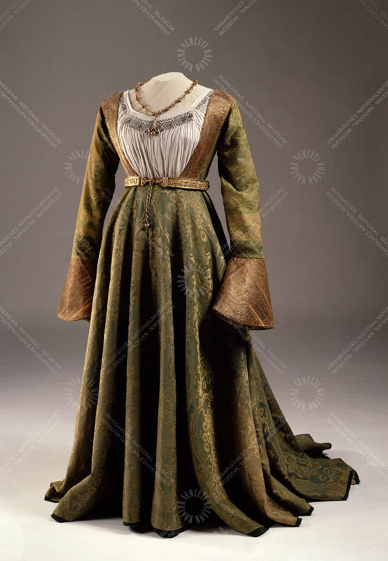Wedding dress of Queen Mary of Hungary