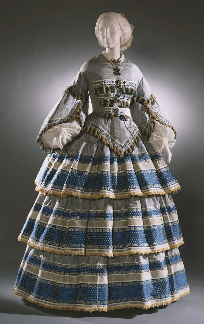 Woman's dress with Day and Evening Bodices